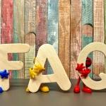 figurines holding the letters F, A and Q | photo credit: Alexas Fotos via pixabay.com